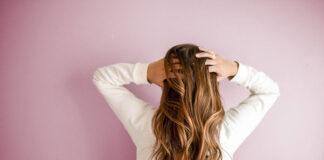 Lokowana peruka