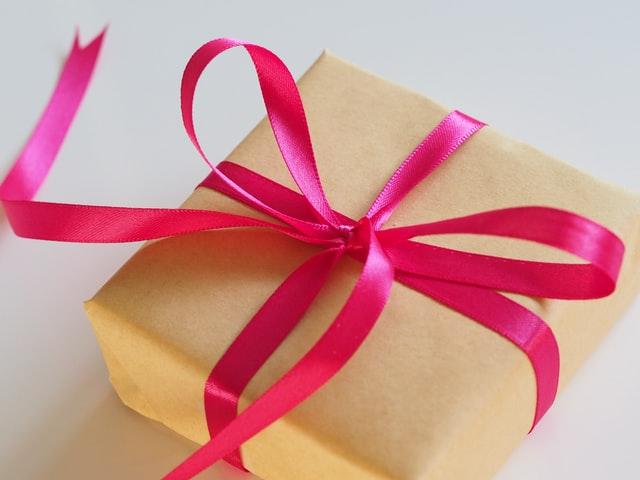 Sprzęt elektroniczny, pomysł na prezent, prezent, prezent świąteczny, gadżety na prezent, gadżety elektroniczne