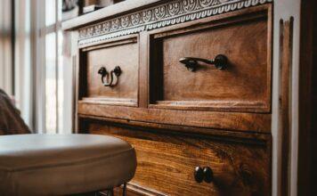 Renowacja mebli, metamorfoza mebli, odnawianie mebli, stare meble, komoda, renowacja komody