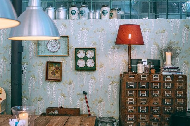 Aranżacja pokoju, dekoracja pokoju, dodatki, lampy do salonu, lampa, oświetlenie do salonu, wystrój wnętrza, metamorfoza wnętrza