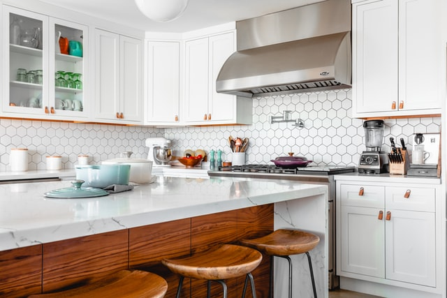 styl vintage, vintage, kuchnia vintage, kuchnia w stylu vintage, aranżacja kuchni, wystrój kuchni, starodawna kuchnia, meble vintage