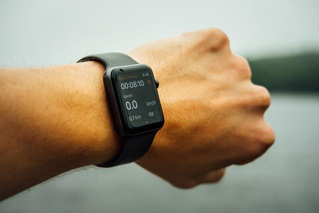 smartwatch, inteligentny zegarek, cena smartwatch, zegarek sportowy